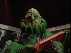 Vogon_jelzt_reading_poetry